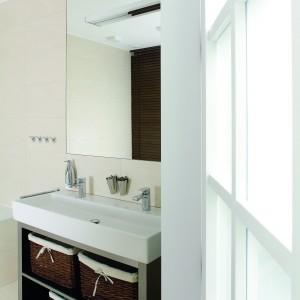 Łazienka na piętrze - pomysł na wnętrze dla rodzeństwa