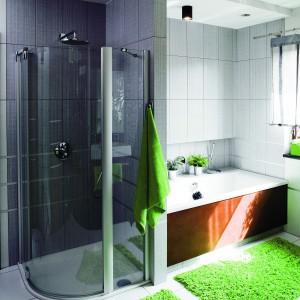 Łazienka dla rodziny - z wanną i kabiną prysznicową