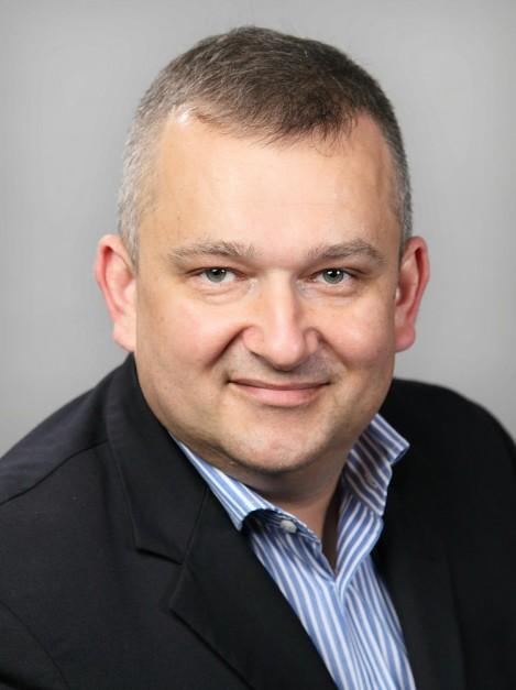 Marek Biały, Oras: W Polsce Oras i Hansa połączyły się