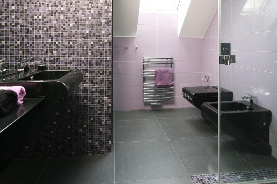 Mozaiki ceramiczne, szklane, kamienne. Zobacz jak dekorują łazienkę