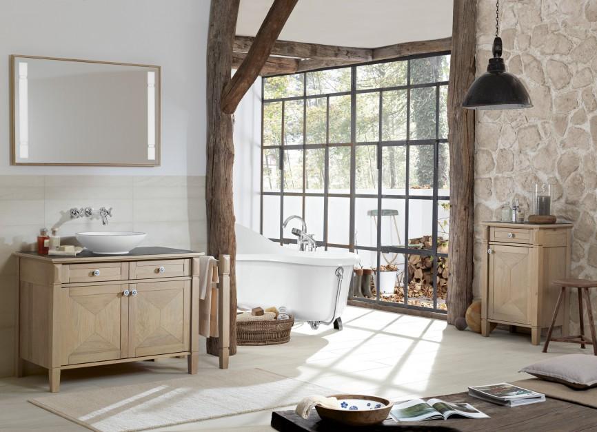 Inspirujemy Biała łazienka Ocieplona Drewnem Piękna I Stylowa