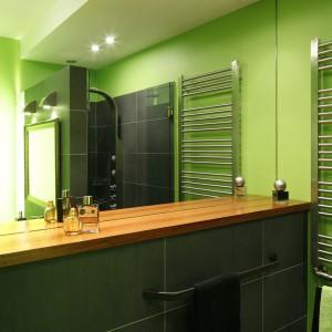 Łazienka w kolorze zieleni – zobacz wnętrze, które budzi do życia