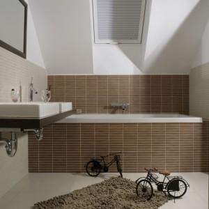 Salon kąpielowy na poddaszu – urządzony wygodnie i nowocześnie