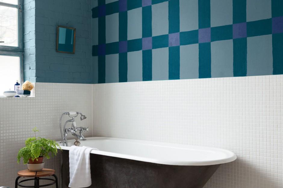 Ściany w łazience. Miksuj kolory i faktury