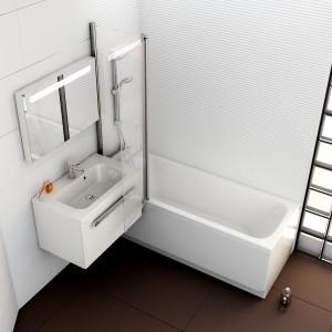 Powiększ swoją łazienkę – białe ściany i wyposażenie dodają przestrzeni