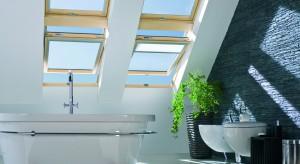 Łazienka na poddaszu - wybieramy okna dachowe