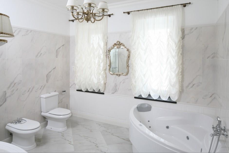 Luksusowy relaks – kąpiel z masażem  w domowym zaciszu
