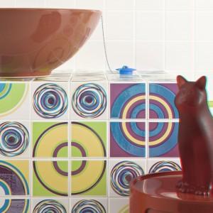 Domowi pupile i inne zwierzaki w łazience – 12 oryginalnych pomysłów na aranżację