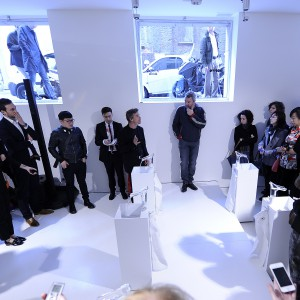 Philippe Starck pokazuje nową kolekcję baterii Starck V
