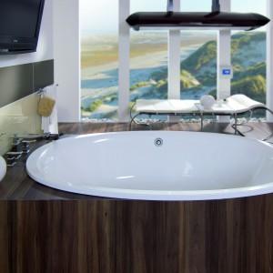 Z widokiem na góry – zobacz niecodzienne aranżacje łazienek