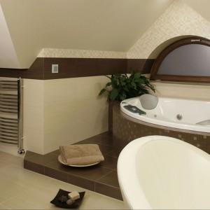 Łazienka pod skosami – zobacz piękną aranżację poddasza