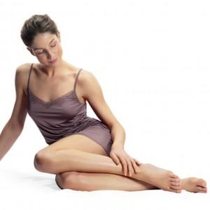 Jessica Alba pokazuje, jak uwolnić swoje piękno. Sprawdź nowoczesne urządzenia do pielęgnacji