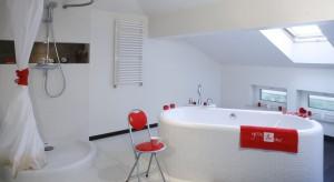 Salon kąpielowy dla dwojga – wnętrze w romantycznym klimacie