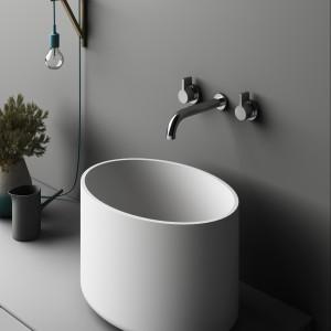 Niezwykłe kształty do łazienki  – wyposażenie z materiałów typu solid surface