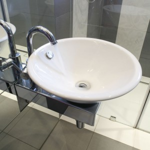 W stylu glamour – nowoczesna łazienka pani domu
