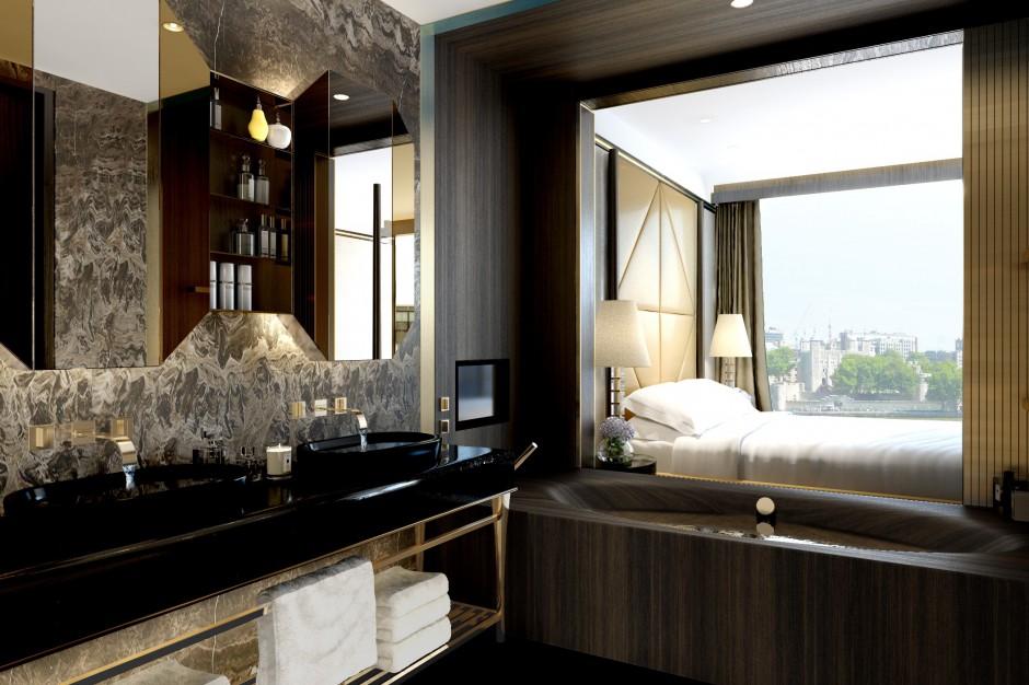 Łazienka z widokiem na Tamizę. Zobacz luksusową wannę z naturalnego drewna