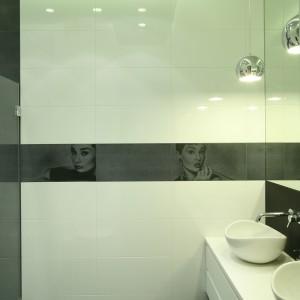 Elegancka łazienka przy sypialni – tak można urządzić wnętrze dla dwojga