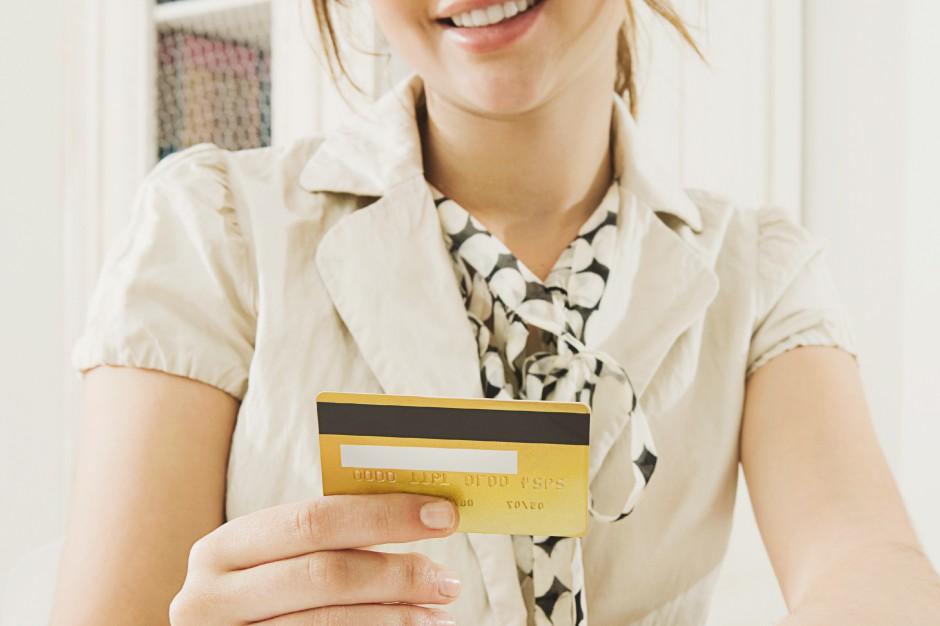 Dobra wiadomość dla handlowców - od lipca mniejsze koszty obsługi transakcji bezgotówkowych