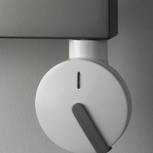 Grzejnik pod napięciem - z elektryczną grzałką