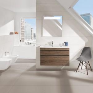 Inspirowana miejskim klimatem i architekturą – nowoczesna i stylowa łazienka