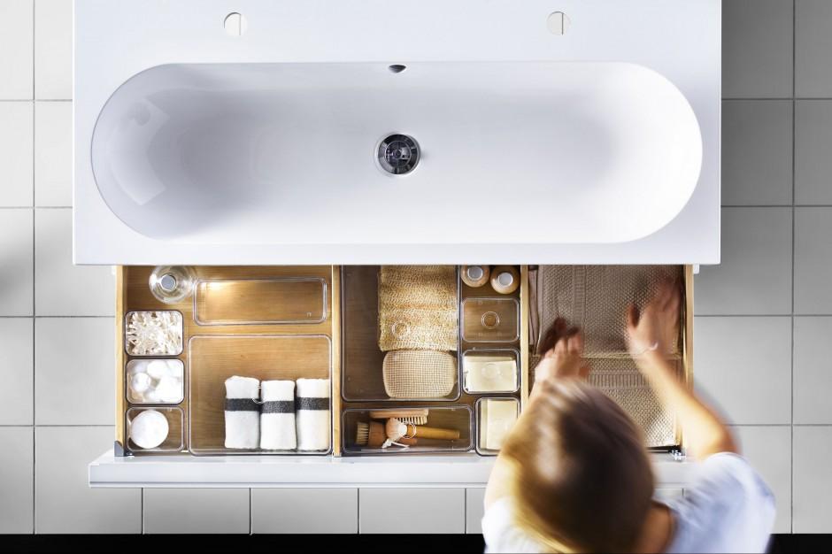 Szuflady z przegródkami – 12 sposobów na przechowywanie w łazience