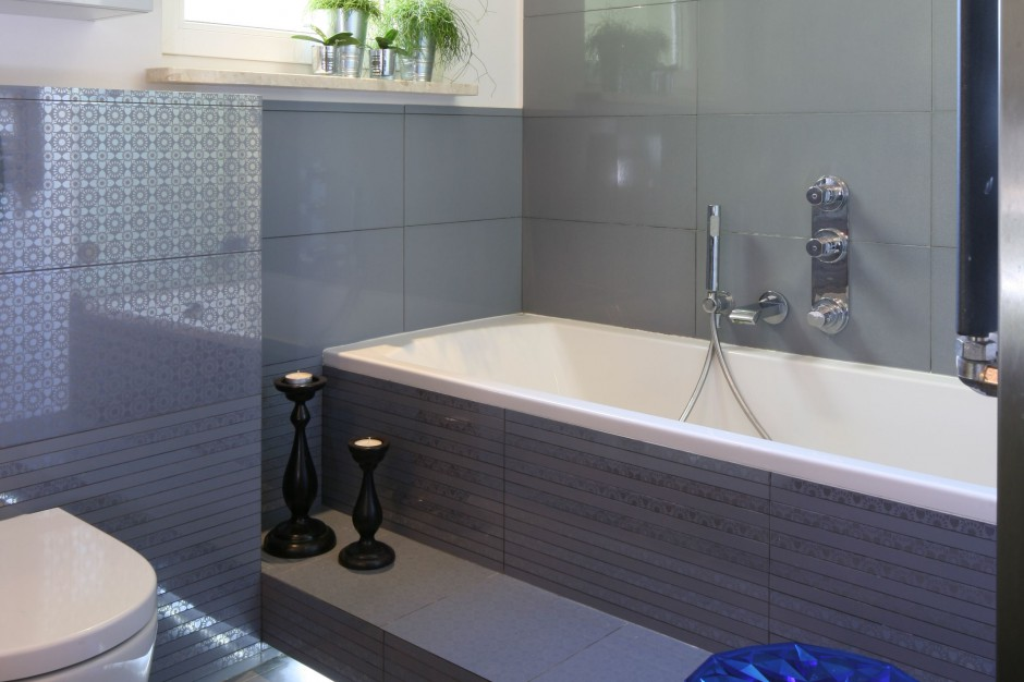 Mała łazienka – zobacz jak lustro powiększa wnętrze