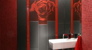 Łazienka dla gości: tak można wykorzystać płytki dekoracyjne