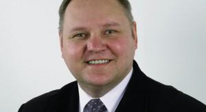 Życzenia składa Michał Szydłowski z firmy Sanplast