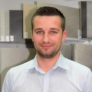 Maciej Dobreńko, Hiper-Glazur: Zmiana wizerunku firmy wpływa na sprzedaż