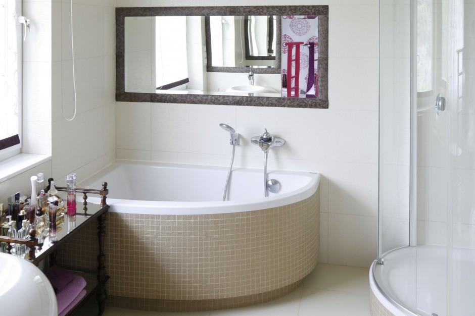 Łazienka w modnych beżach – elegancka i praktyczna