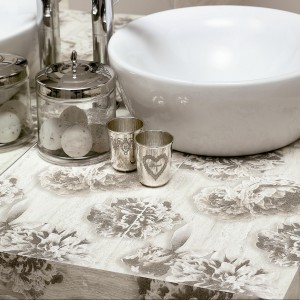 Blaty z płytek ceramicznych: odporne i oryginalne. Zobacz 12 pomysłów