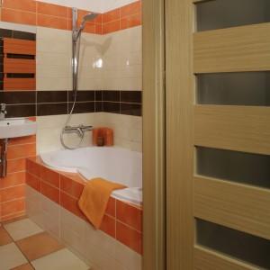 Łazienka przy sypialni – postaw na odważne kolory