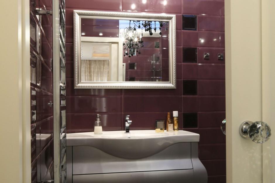 Łazienka w stylu glamour – wnętrze w kobiecym klimacie