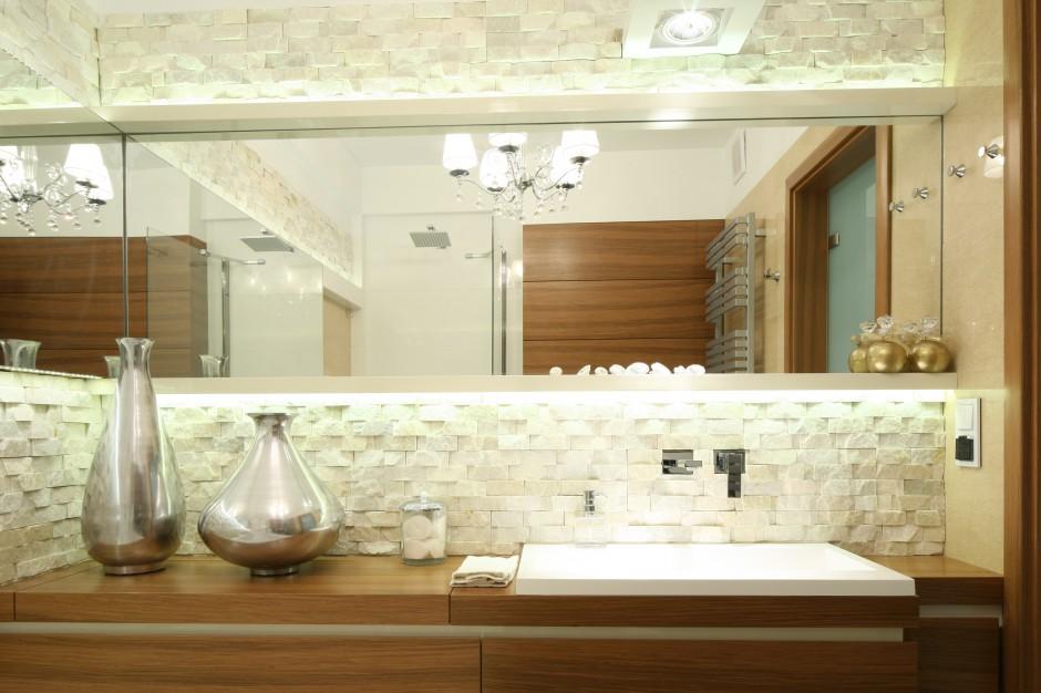 Inspirujemy Beżowa łazienka Tak Ozdobisz Ją Kamieniem