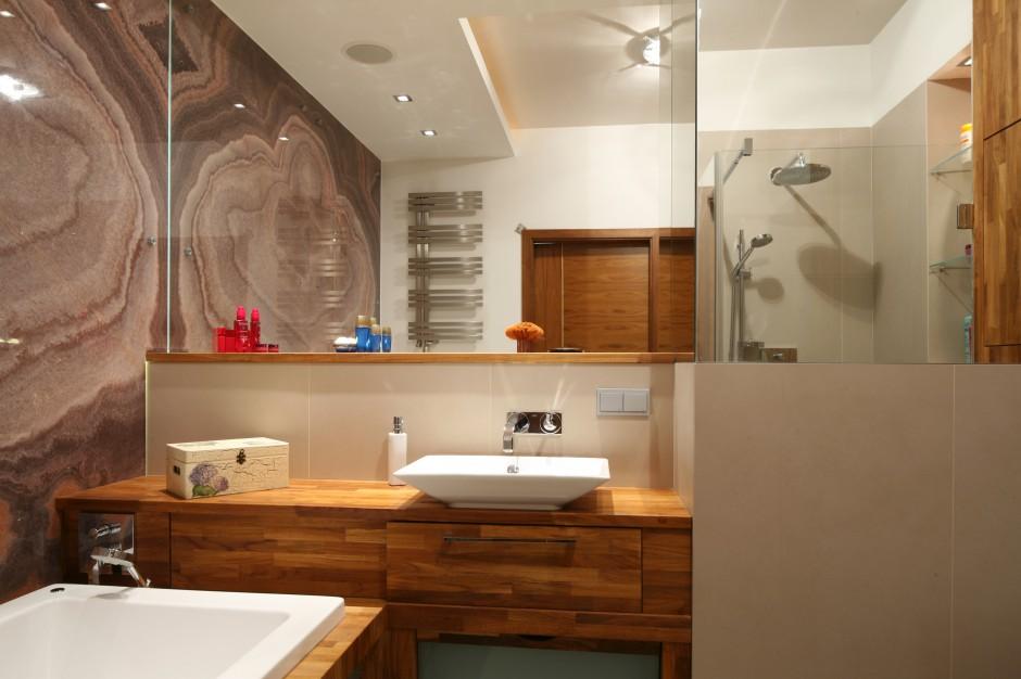 Łazienka w drewnie – zobacz jak ją urządzić