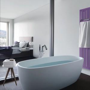 Łazienka przy sypialni – zobacz jak modnie ją urządzić