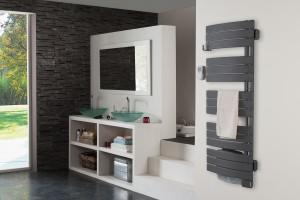 Grzejniki do łazienki: 10 praktycznych modeli w cenie od 500 zł