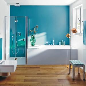 Nowoczesna łazienka – tak urządzisz ją w modnej bieli