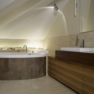 Łazienka w drewnie – najmodniejsze aranżacje polskich architektów