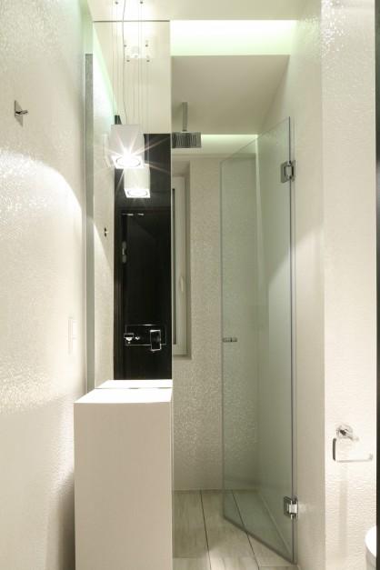 Mała łazienka z prysznicem – tak możesz ją urządzić