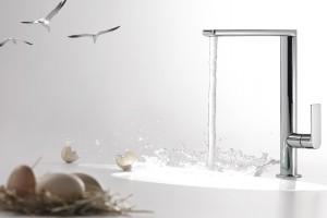 Wysokie baterie umywalkowe: 12 nowoczesnych modeli