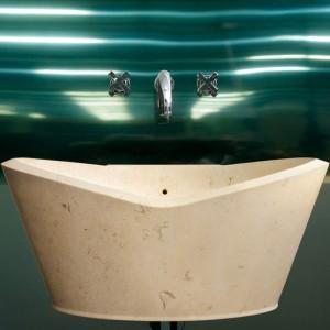 Róż i plastik - wprowadź kawałek świata Karima Rashida do swojej łazienki