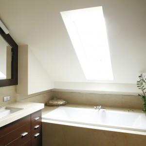Wanny do bardzo małych łazienek – 10 pomysłów z polskich domów