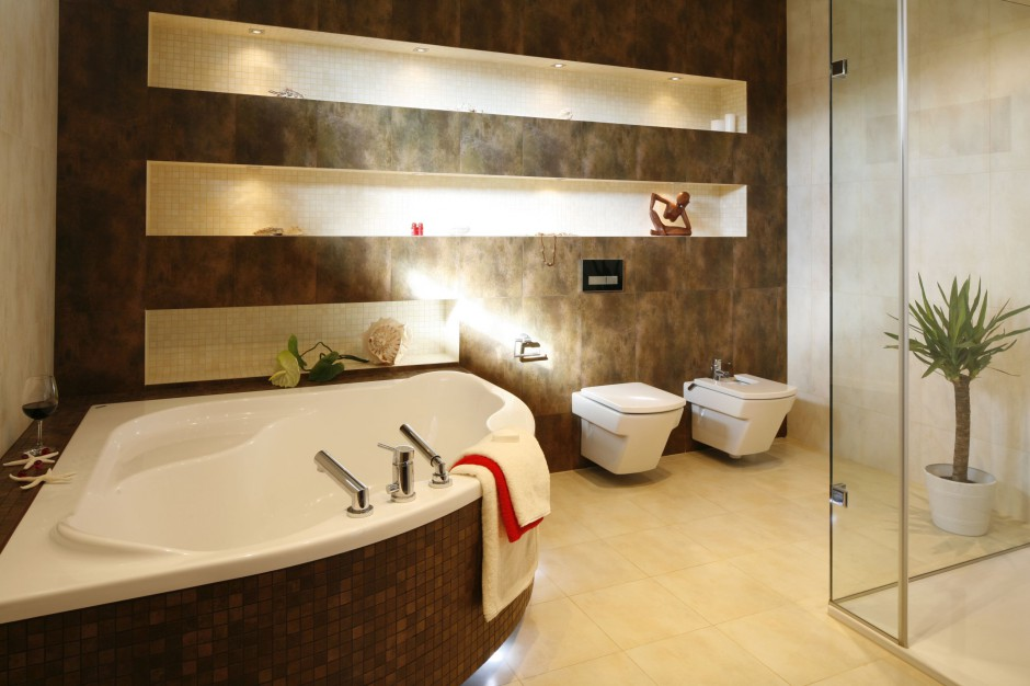 Inspirujemy Piękny Salon Kąpielowy W Modnych Brązach