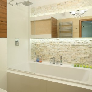 Łazienki w kamieniu – zobacz najpiękniejsze projekty