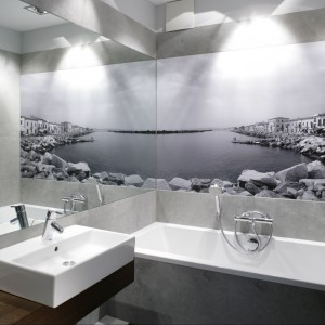 Fototapety do łazienki: pomysły z polskich domów