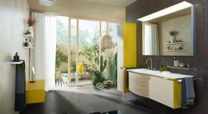 Kolorowe meble – najmodniejsze zestawy do łazienki