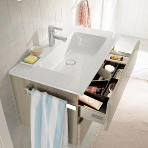 Porządek w łazience – meble z praktycznymi szufladami