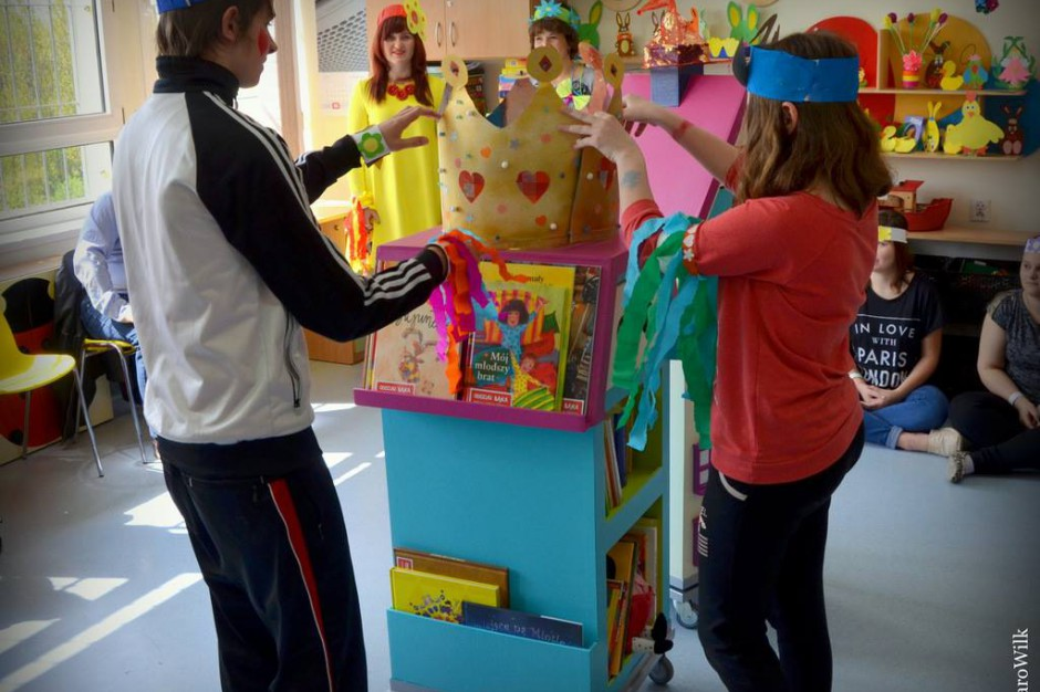 Kludi także wspiera Bajkowozy. Pomaga dzieciom ze szpitala w Opolu