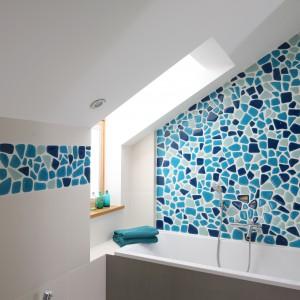 Łazienka z morskim motywem – najpiękniejsze wnętrza z polskich domów